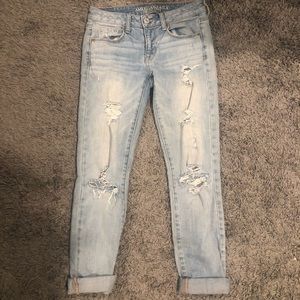 American Eagle lightwash Skinny Jeans Size 4